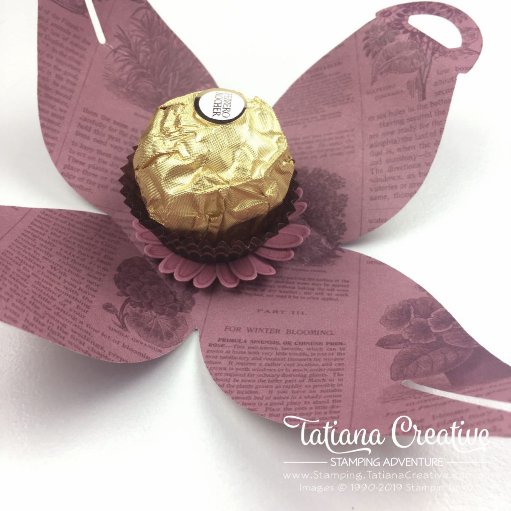 Tatiana Creative Stamping Adventure - Curvy Floral Sweet Treat using the Pressed Petals Specialty DSP and the Mini Curvy Keepsake Box Dies both by Stampin' Up!®